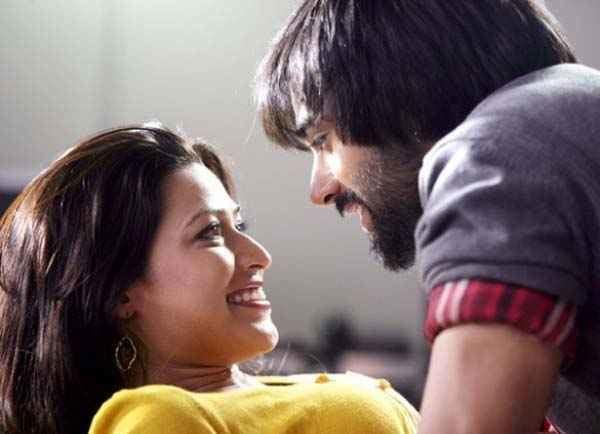 Boss (2011 film) movie scenes Bittoo Boss Amita Pathak Pulkit Samrat Hot Scene Stills