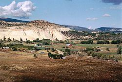 Boulder, Utah httpsuploadwikimediaorgwikipediacommonsthu