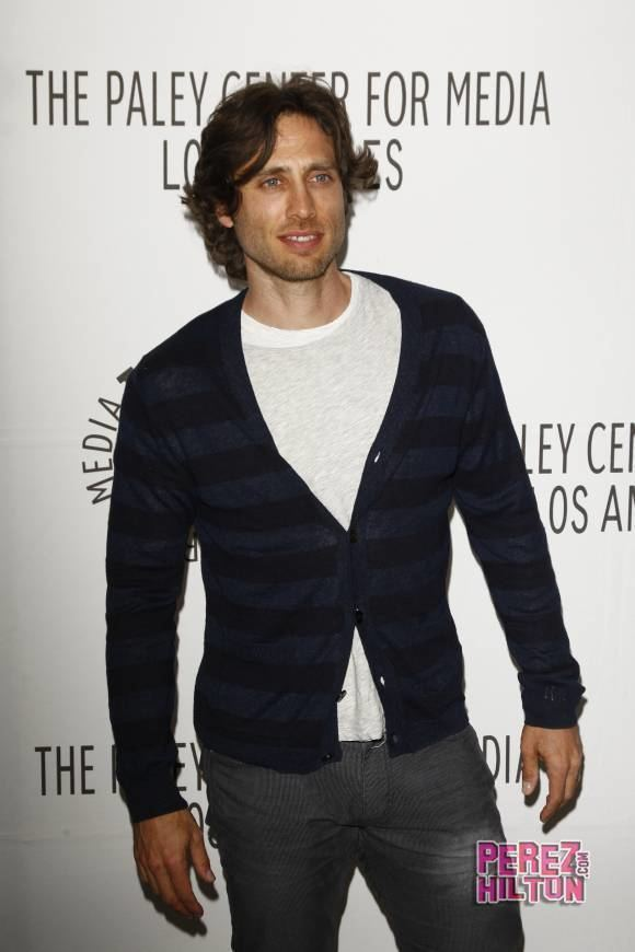 Brad Falchuk Gwyneth Paltrow Takes Her Relationship With Glee Executive