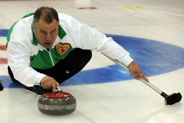 Brad Heidt Brad Heidt on top of the leaderboard NS loses 30 Curling Canada