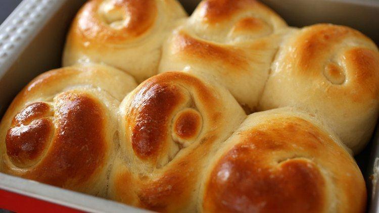 Bread roll Bread rolls or dinner rolls Rollppang YouTube