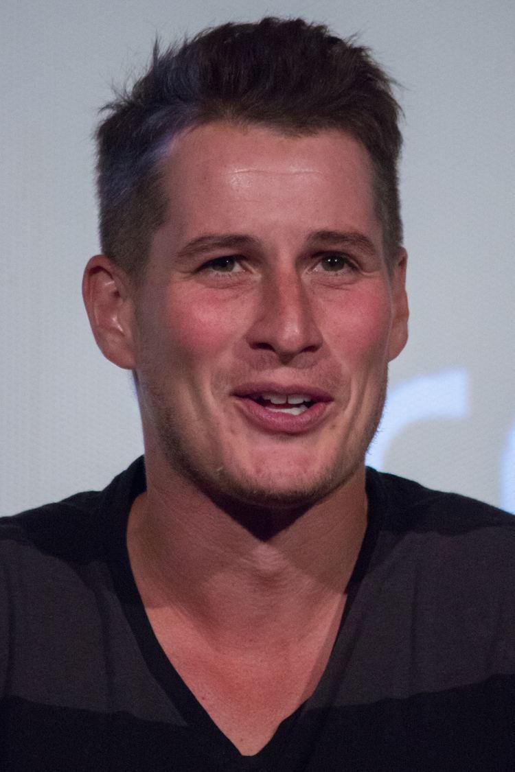 Brendan Fehr httpsuploadwikimediaorgwikipediacommonsee