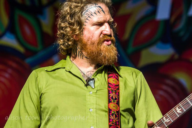 Brent Hinds ALISON TOON PHOTOGRAPHER Brent Hinds guitar Mastodon
