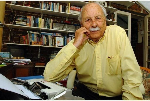 Brian Clemens Avengers and Professionals writer Brian Clemens dies