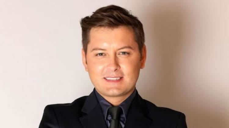 Brian Dowling (presenter) Brian Dowling news pictures spoilers and gossip TellyMix