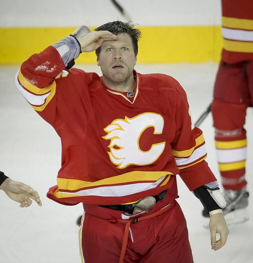 Brian McGrattan Lovable Brian McGrattan praises Flames faithful for years