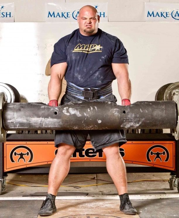 Brian Shaw (strongman) Brian Shaw Wins 2015 World39s Strongest Man Title FLEX Online