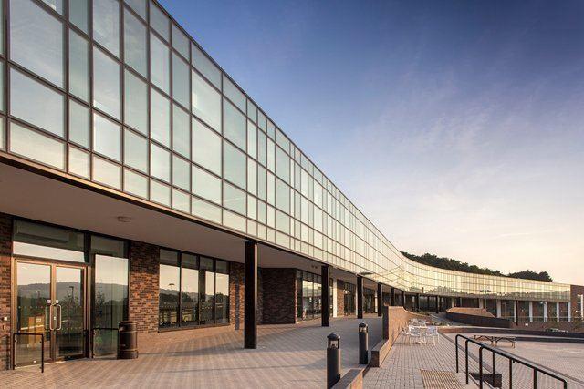 Brighton Aldridge Community Academy Kawneer helps academy to BREEAM excellence