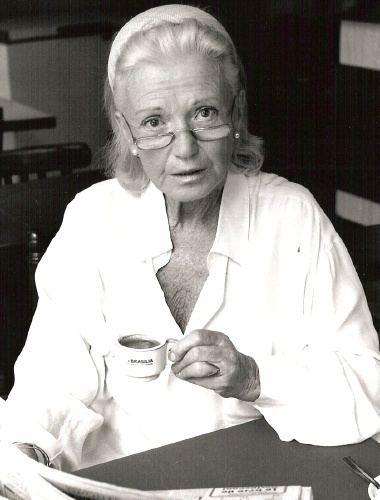 Brigitte Auber Agence Arlette Berthomm ARTEV Brigitte Auber
