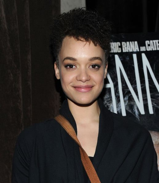 Britne Oldford Britne Oldford Pictures quotHannaquot New York Screening