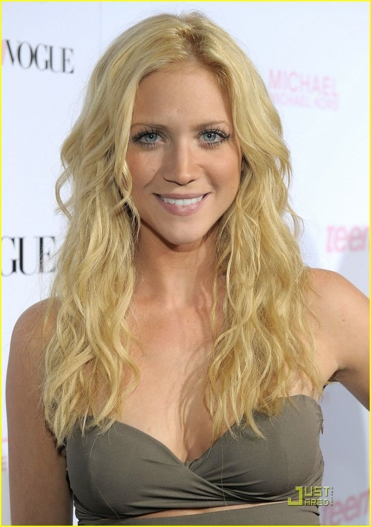 Brittany Snow Brittany Snow amp Ryan Rottman Love is Louder Photo