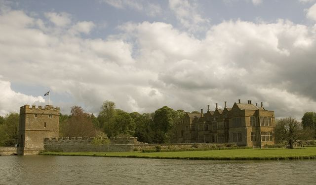 Broughton Castle - Alchetron, The Free Social Encyclopedia
