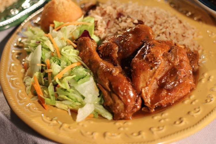 Brown stew chicken Amazing Caribbean Brown Stew Chicken Jamaican Taste the Islands