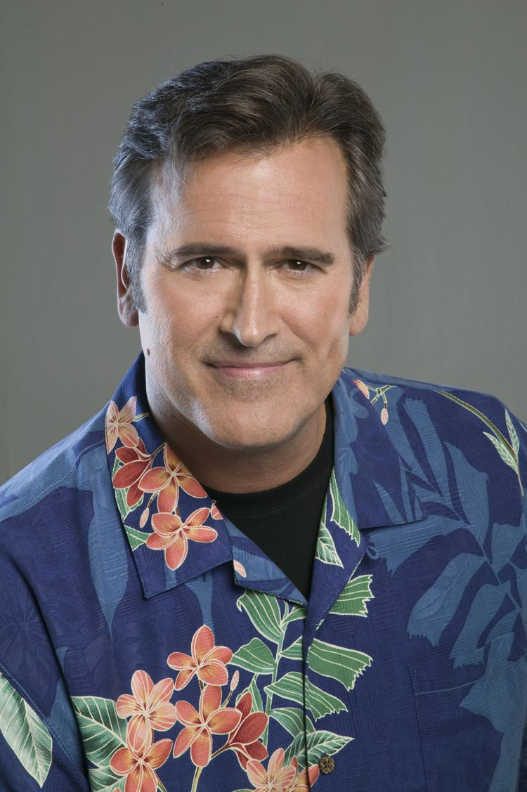 Bruce Campbell Bruce Campbell Hints That He39s Coming to Psych Den of Geek