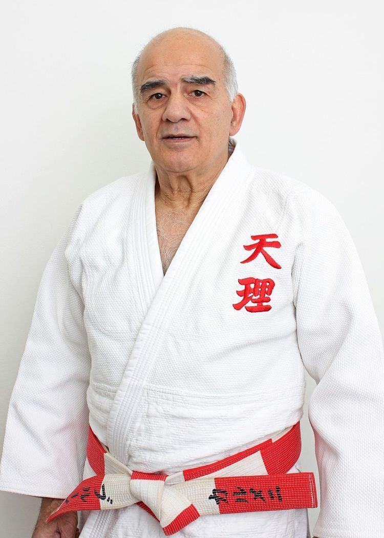 Bruno Carmeni httpsuploadwikimediaorgwikipediacommonsthu