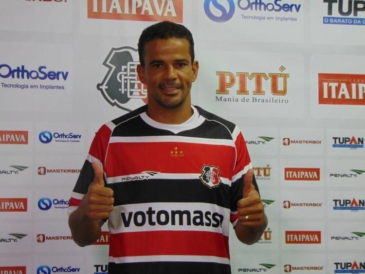 Bruno Mineiro Bruno Mineiro mais um ms no estaleiro do Santa Cruz