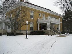 Bryant H. and Lucie Barber House httpsuploadwikimediaorgwikipediacommonsthu
