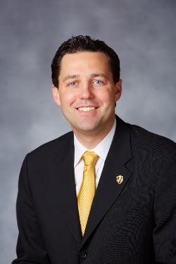 Bryce Drew Bryce Drew Mens Basketball Coaches Official Athletic Site of