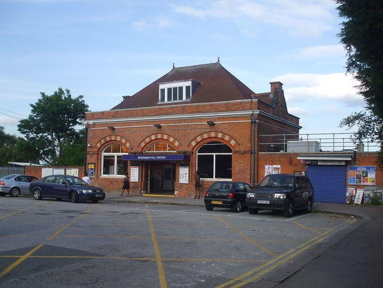Buckhurst Hill tube station