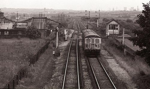 Buckley Wells tram stop wwwstuwillettspluscomassetsimagesBuckleyWel