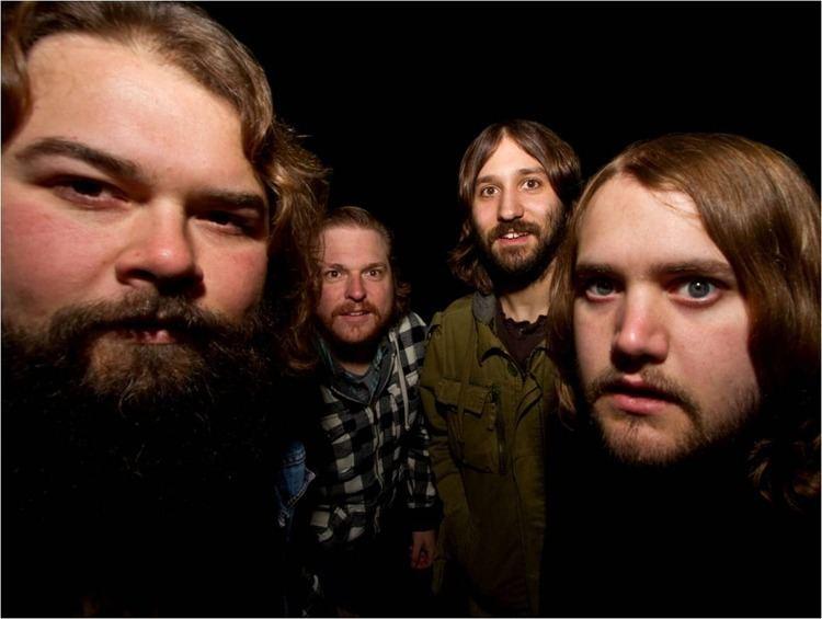 Buffalo Killers Album ReviewBuffalo Killers Heavy Reverie Grayscale Cincinnati