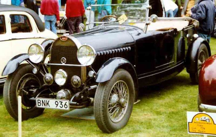 Bugatti 8-cylinder line