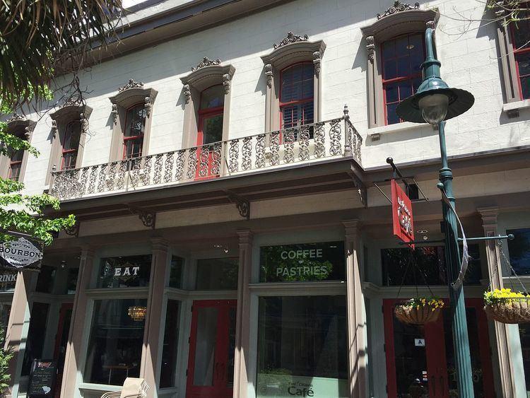 Building at 1210-1214 Main Street