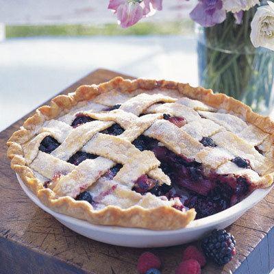 Bumbleberry pie DeepDish Bumbleberry Pie