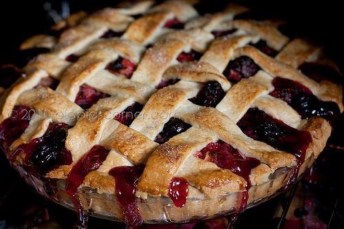 Bumbleberry pie Bumbleberry Pie Recipegreatcom