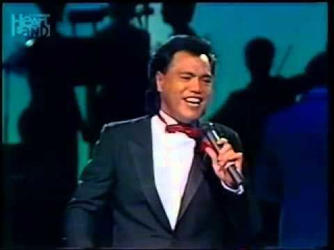 Bunny Walters Bunny Walters Please Come Home For Christmas live TV 1985 YouTube
