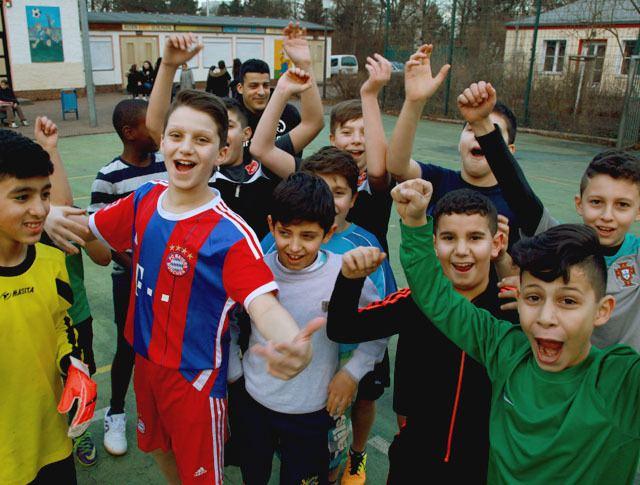 Buntkicktgut buntkicktgut interkulturelle straenfuballligen berlin