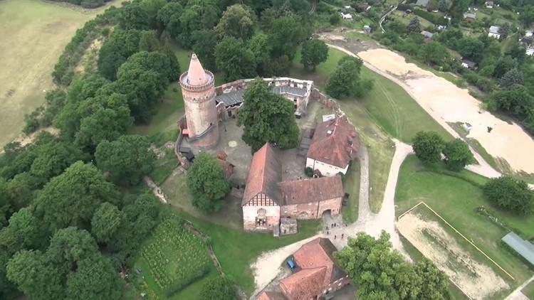 Burg Stargard Burg Stargard aus der Luft Schlsser und Burgen des Nordens