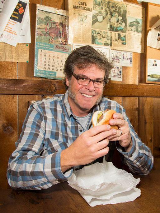 Burger Land Watch George Motz39s 39Burger Land39 Premiering April 15 on Travel