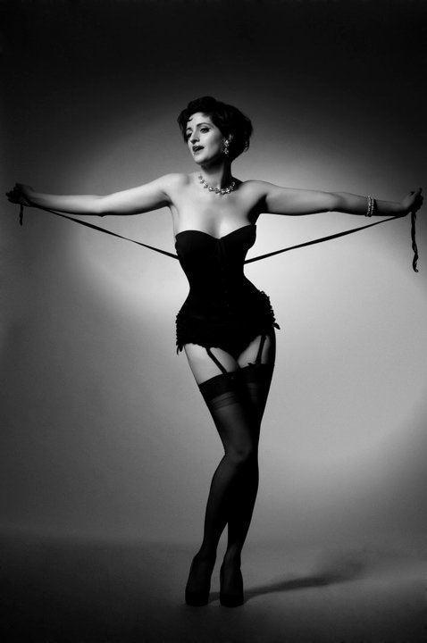 Burlesque LadyCheekBurlesquejpg