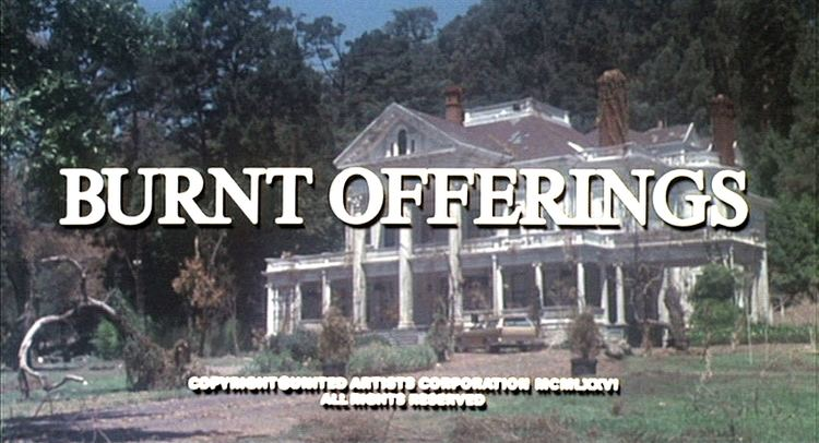 Burnt Offerings (film) Retro Review BURNT OFFERINGS 1976 Truly Disturbing