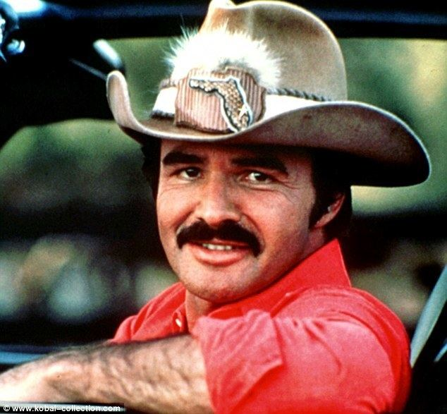 Burt Reynolds Burt Reynolds 39holding up even after frail Comic Con