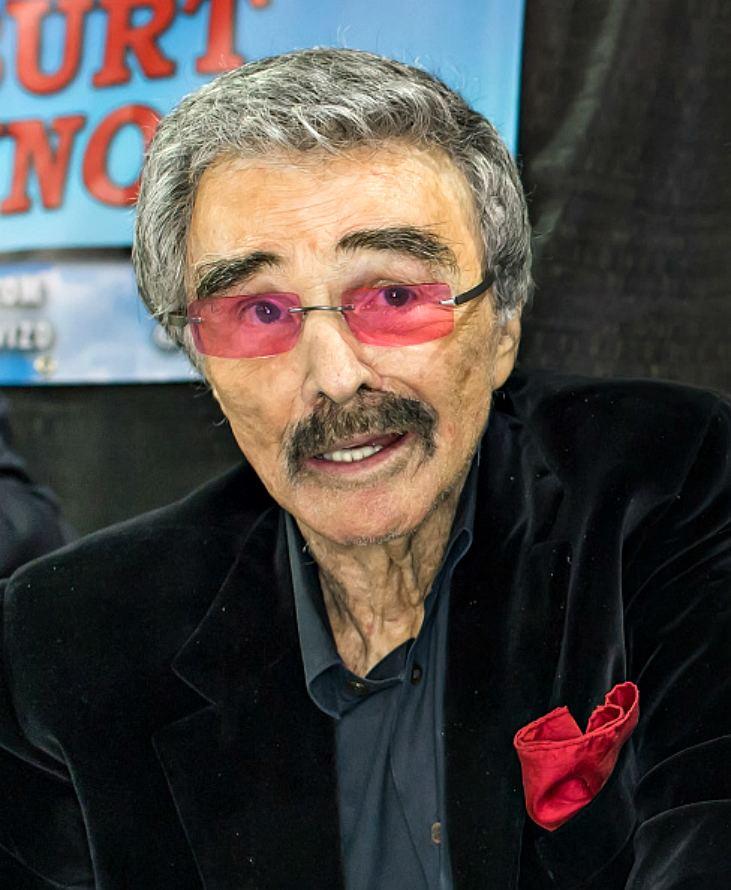 Burt Reynolds Fans buzz over Burt Reynolds frailty after rare public