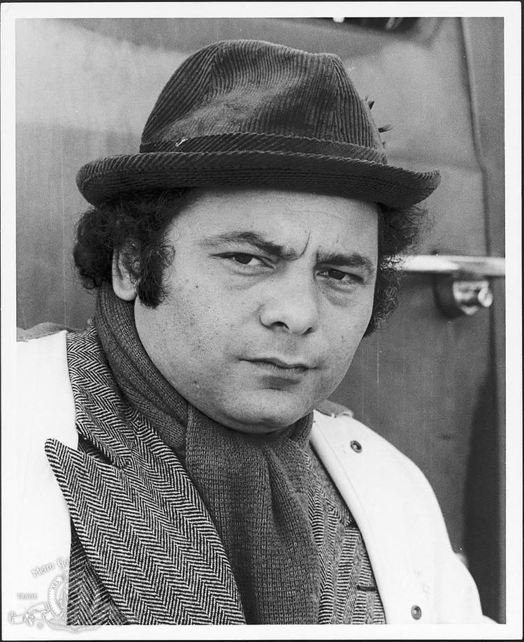 Burt Young Pin Still Of Burt Young In Rocky 1976 on Pinterest