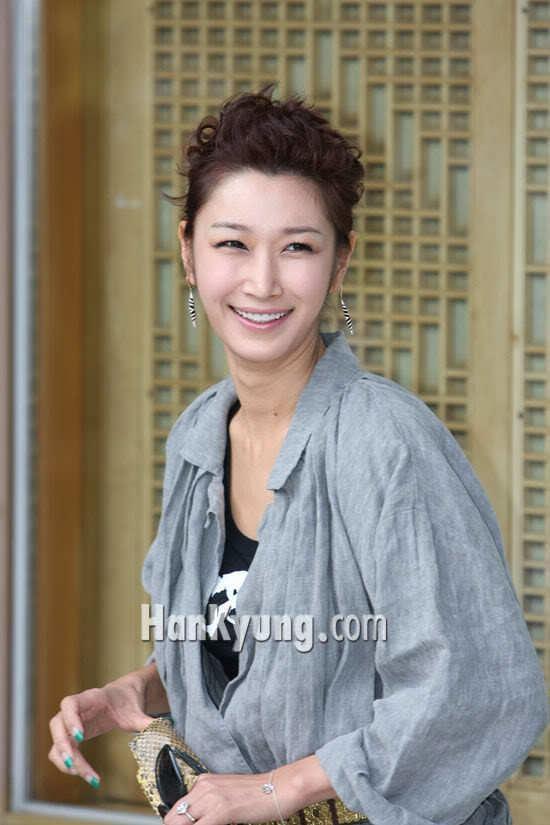 Byun Jung-soo Kwon Sangwoo weds Sohn Taeyoung finally Dramabeans