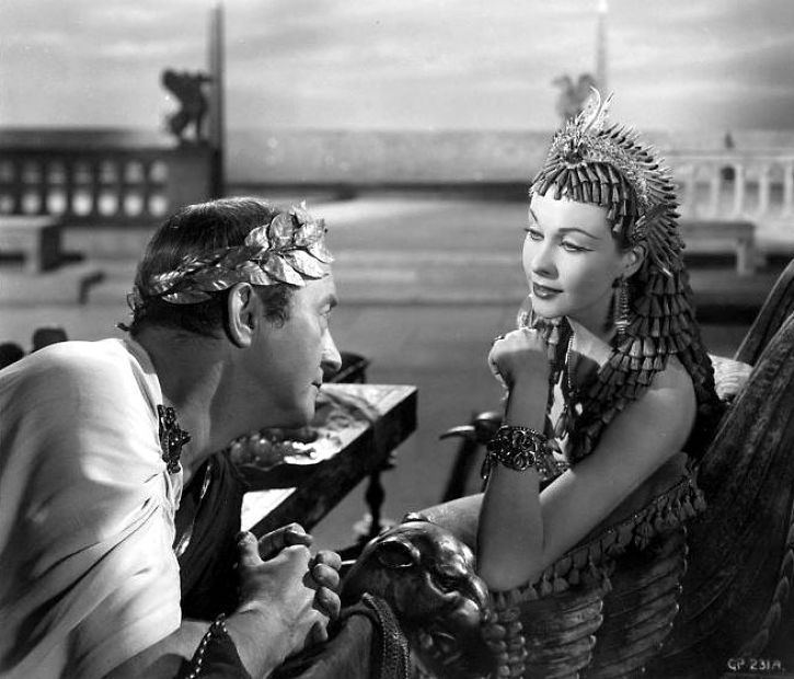 Caesar and Cleopatra (film) Cleopatra and julius caesar on Pinterest Cleopatra and marc