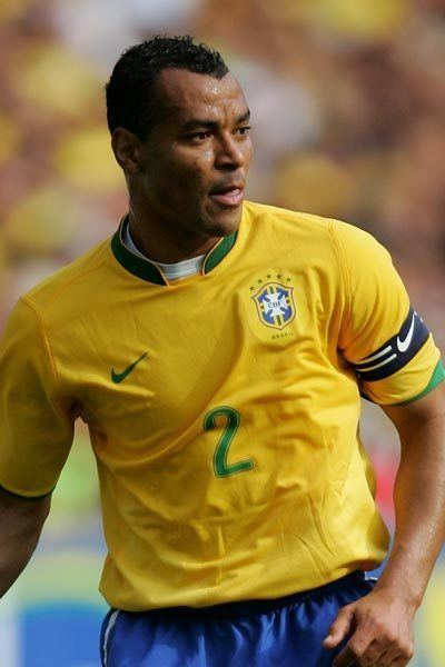 Cafu Cafu one of the best wing backs ever AWESOME Leyendas del