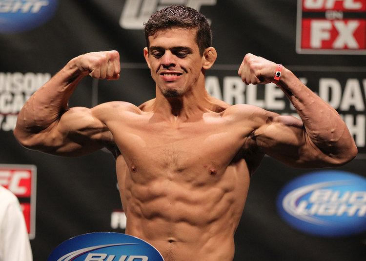 Caio Magalhães Caio quotHellboyquot Magalhaes Official UFC Fighter Profile UFC