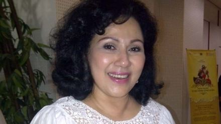 Camelia Malik Camelia MalikIndonesian singer bloody Minang Minang Ethnic West