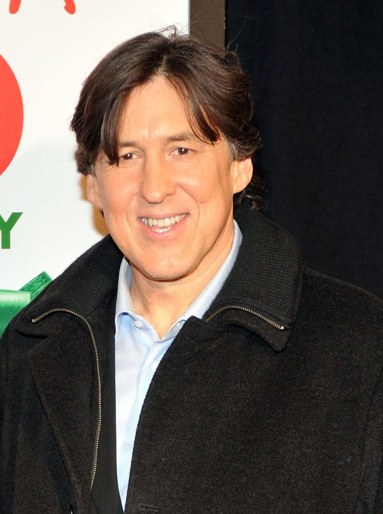 Cameron Crowe Cameron Crowe was happy to support his first family film