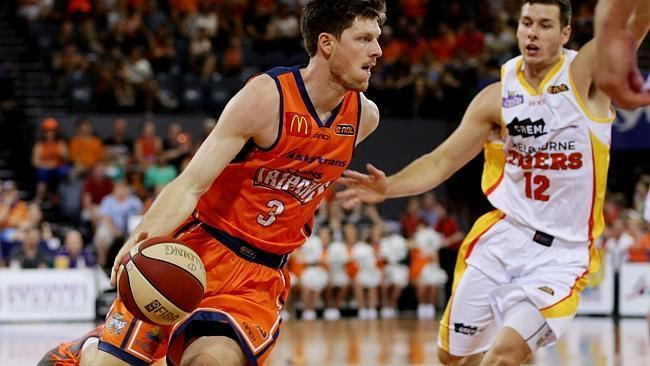 Cameron Gliddon MVP inks contract extension backs coach Aaron Fearne to