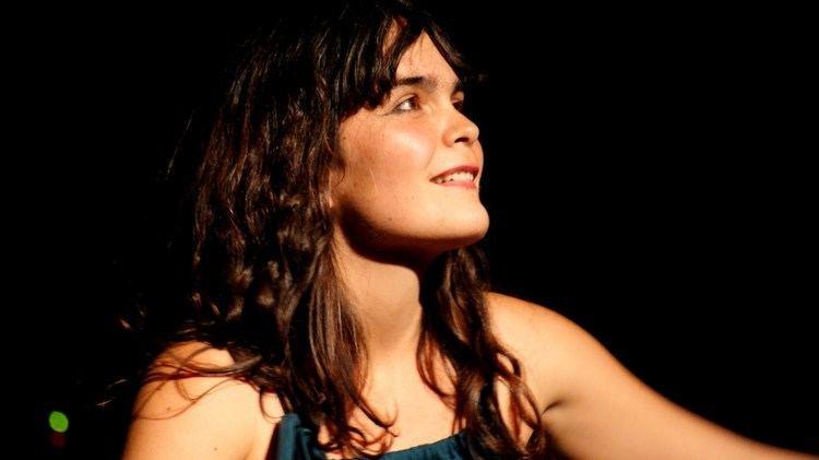 Camila Moreno Camila Moreno lanza video Las Ruinas del Oro Radio