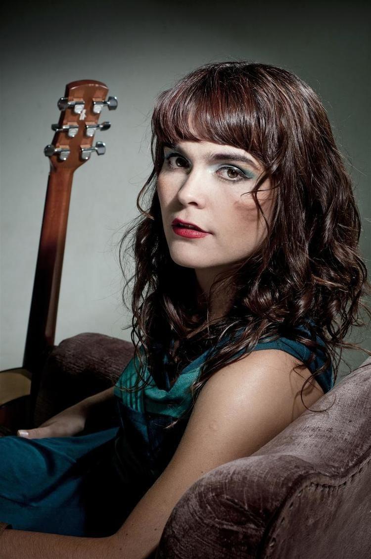Camila Moreno Camila Moreno Music Msica Pinterest Musica