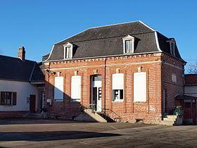 Campneuseville httpsuploadwikimediaorgwikipediacommonsthu