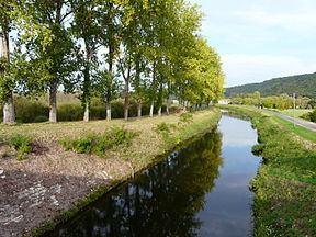 Canal de Lalinde httpsuploadwikimediaorgwikipediacommonsthu