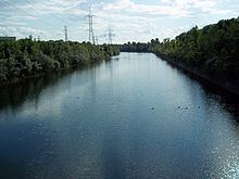 Canal de l'Aqueduc httpsuploadwikimediaorgwikipediacommonsthu